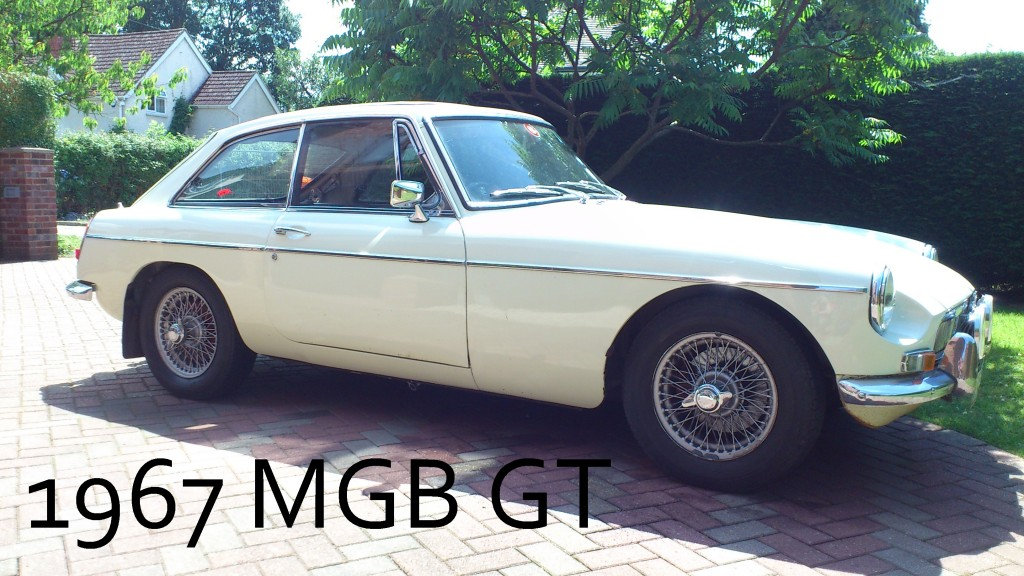 1967_MGB_GT_Button