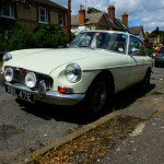 MGB GT 1967 White Front Left
